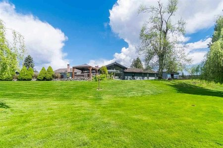 R2425631 - 27572 43 AVENUE, Salmon River, Langley, BC - House with Acreage