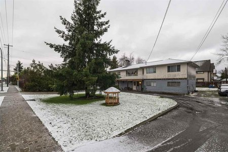 R2425712 - 6229 LADNER TRUNK ROAD, Holly, Delta, BC - House/Single Family