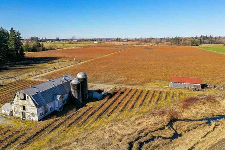 R2426793 - 1939 264 STREET, Otter District, Langley, BC - House with Acreage