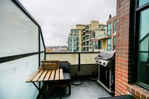409 10 RENAISSANCE SQUARE, New Westminster - R2427350