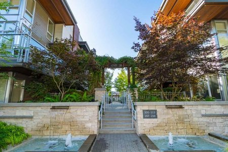 R2428488 - 209 735 W 15TH STREET, Mosquito Creek, North Vancouver, BC - Townhouse