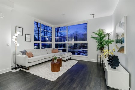 R2430093 - 307 733 W 3RD STREET, Harbourside, North Vancouver, BC - Apartment Unit