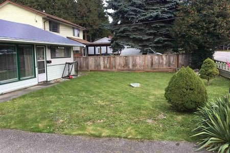 R2434179 - 11485 96 AVENUE AVENUE, Royal Heights, Surrey, BC - House/Single Family