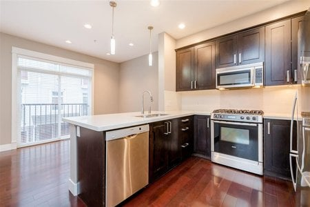 R2434363 - 15 2689 PARKWAY  DRIVE DRIVE, King George Corridor, Surrey, BC - Townhouse