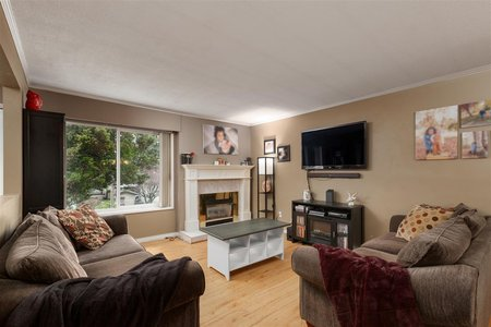 R2438811 - 12612 GROVE CRESCENT, Cedar Hills, Surrey, BC - House/Single Family