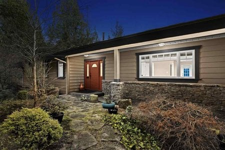 R2438963 - 4641 WOODBURN ROAD, Cypress Park Estates, West Vancouver, BC - House/Single Family