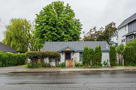 R2445194 - 5881 176A STREET, Cloverdale BC, Surrey, BC - House/Single Family