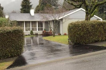 R2446047 - 810 HANDSWORTH ROAD, Canyon Heights NV, North Vancouver, BC - House/Single Family