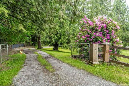 R2449580 - 25076 36 AVENUE, Otter District, Langley, BC - House with Acreage