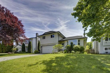 R2455478 - 9217 209A CRESCENT, Walnut Grove, Langley, BC - House/Single Family