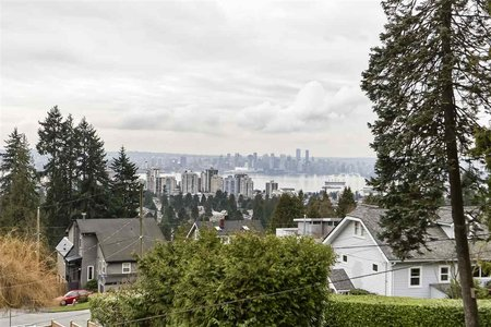 R2455962 - 437 SOMERSET STREET, Upper Lonsdale, North Vancouver, BC - House/Single Family