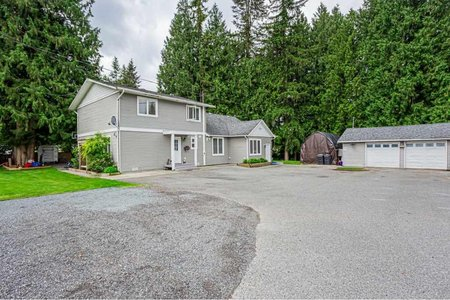 R2457746 - 24599 56 AVENUE, Salmon River, Langley, BC - House with Acreage