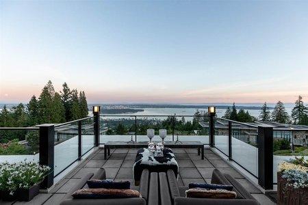 R2467965 - 302 2245 TWIN CREEK PLACE, Whitby Estates, West Vancouver, BC - Apartment Unit