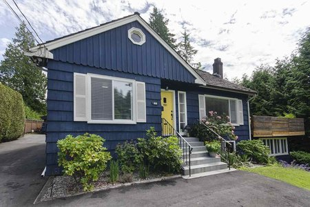R2470092 - 910 3RD STREET, Cedardale, West Vancouver, BC - House/Single Family
