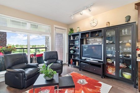 R2471396 - 207 5011 SPRINGS BOULEVARD, Tsawwassen North, Delta, BC - Apartment Unit