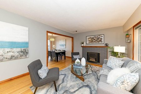 R2471760 - 1027 W KEITH ROAD, Pemberton Heights, North Vancouver, BC - House/Single Family