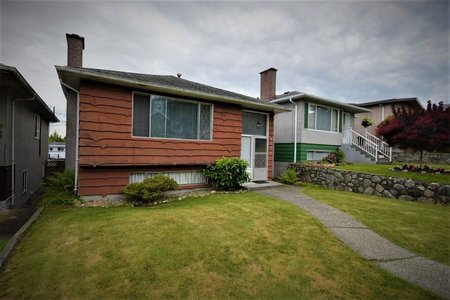R2472669 - 2714 E 56TH AVENUE, Fraserview VE, Vancouver, BC - House/Single Family