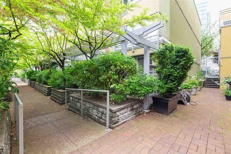 R2472962 - 1 795 W 8TH AVENUE, Fairview VW, Vancouver, BC - Apartment Unit