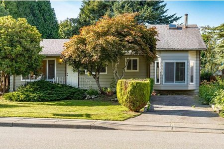 R2473078 - 15835 RUSSELL AVENUE, White Rock, White Rock, BC - House/Single Family