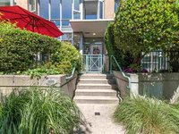 Photo of 1059 MARINASIDE CRESCENT, Vancouver