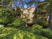 Photo of 402 2211 W 2ND AVENUE, Vancouver