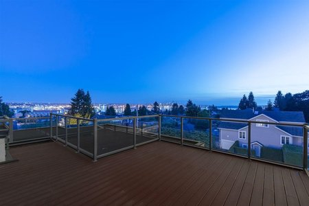 R2484215 - 603 E 6TH STREET, Queensbury, North Vancouver, BC - House/Single Family