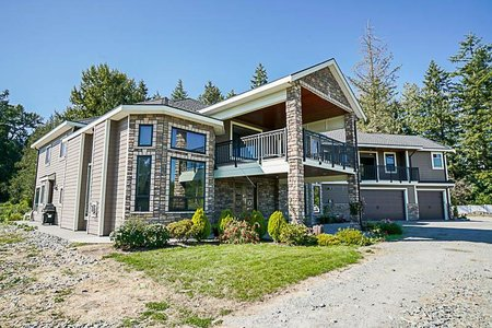 R2484965 - 22926 40 AVENUE, Campbell Valley, Langley, BC - House with Acreage