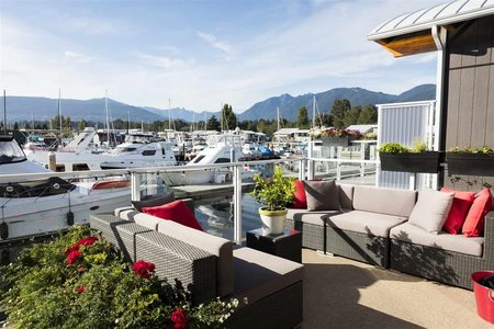 R2489951 - 26 415 W ESPLANADE, Lower Lonsdale, North Vancouver, BC - House/Single Family