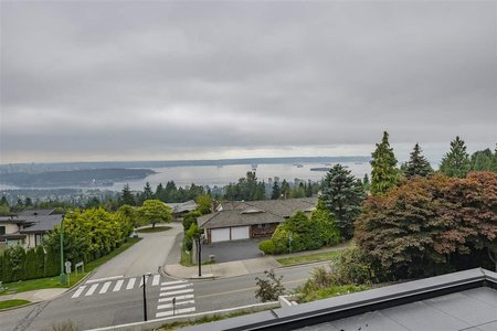 R2496253 - 1325 CHARTWELL DRIVE, Chartwell, West Vancouver, BC - House/Single Family