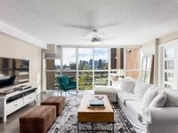 Photo of 305 1128 QUEBEC STREET, Vancouver