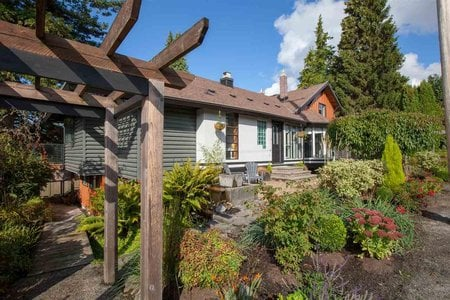 R2503859 - 835 SUTHERLAND AVENUE, Boulevard, North Vancouver, BC - House/Single Family