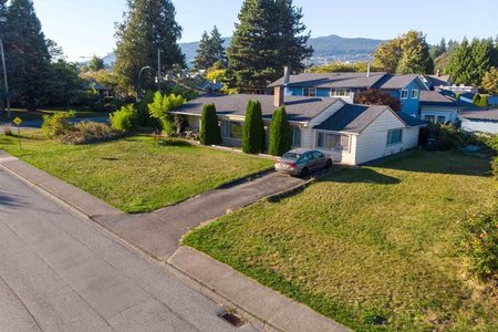 R2505737 - 1470 W 15TH STREET, Norgate, North Vancouver, BC - House/Single Family