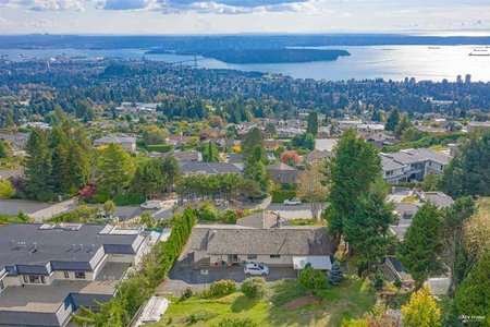 R2510232 - 1425 BRAMWELL ROAD, Chartwell, West Vancouver, BC - House/Single Family