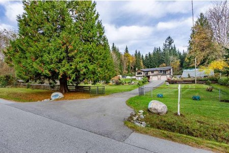 R2514086 - 12260 264 STREET, Websters Corners, Maple Ridge, BC - House with Acreage