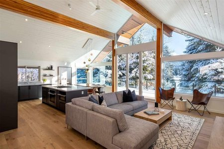 R2524869 - 8518 BUCKHORN DRIVE, Alpine Meadows, Whistler, BC - House/Single Family