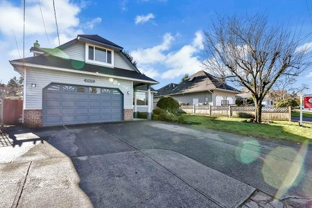 R2535629 - 13472 60 AVENUE, Panorama Ridge, Surrey, BC - House/Single Family