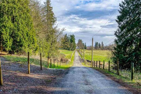 R2536170 - 2240 256 STREET, Otter District, Langley, BC - House with Acreage