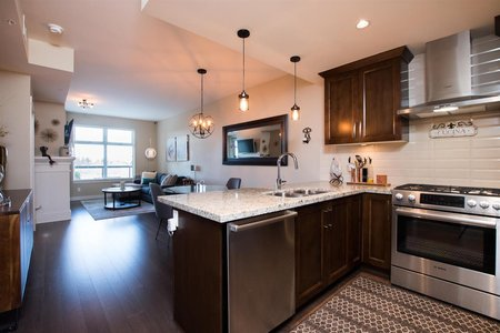 R2542727 - 111 5011 SPRINGS BOULEVARD, Tsawwassen North, Delta, BC - Apartment Unit