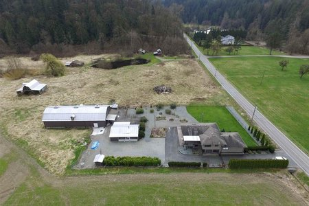 R2563149 - 7496 272 STREET, County Line Glen Valley, Langley, BC - House with Acreage