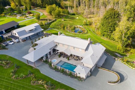 R2570241 - 10372 MCKINNON CRESCENT, Fort Langley, Langley, BC - House with Acreage