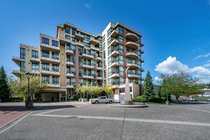 608 10 RENAISSANCE SQUARE, New Westminster - R2575026