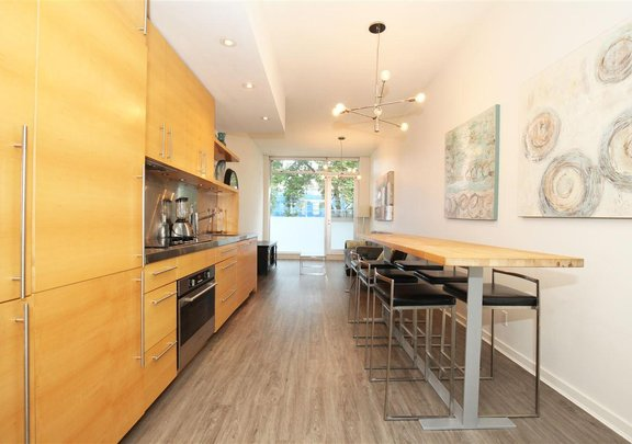 207 36 WATER STREET, Vancouver - R2575228