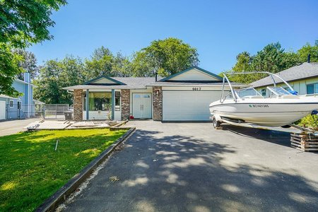 R2594757 - 9017 136B STREET, Bear Creek Green Timbers, Surrey, BC - House/Single Family