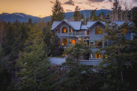 R2599086 - 9329 AUTUMN PLACE, Emerald Estates, Whistler, BC - House/Single Family