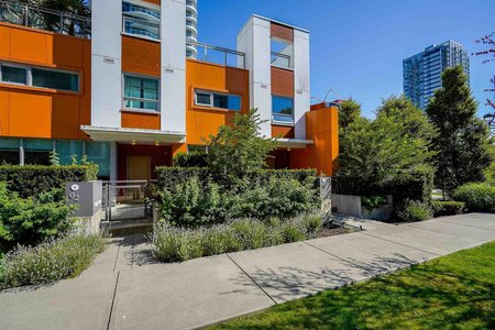 R2603512 - TH1 13303 CENTRAL AVENUE, Whalley, Surrey, BC - Townhouse