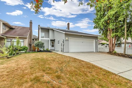R2610537 - 15576 96B AVENUE, Guildford, Surrey, BC - House/Single Family
