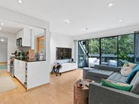 Photo of 410 1500 PENDRELL STREET, Vancouver