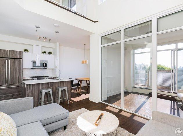 419 2250 Commercial Drive
