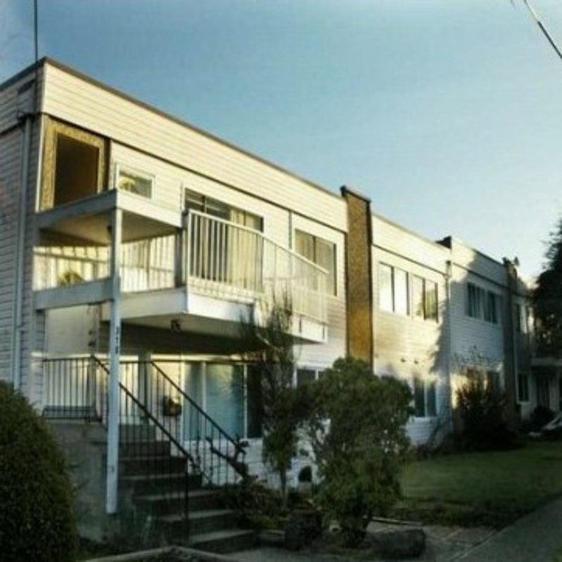 Emerald Court - 11901 89a Ave