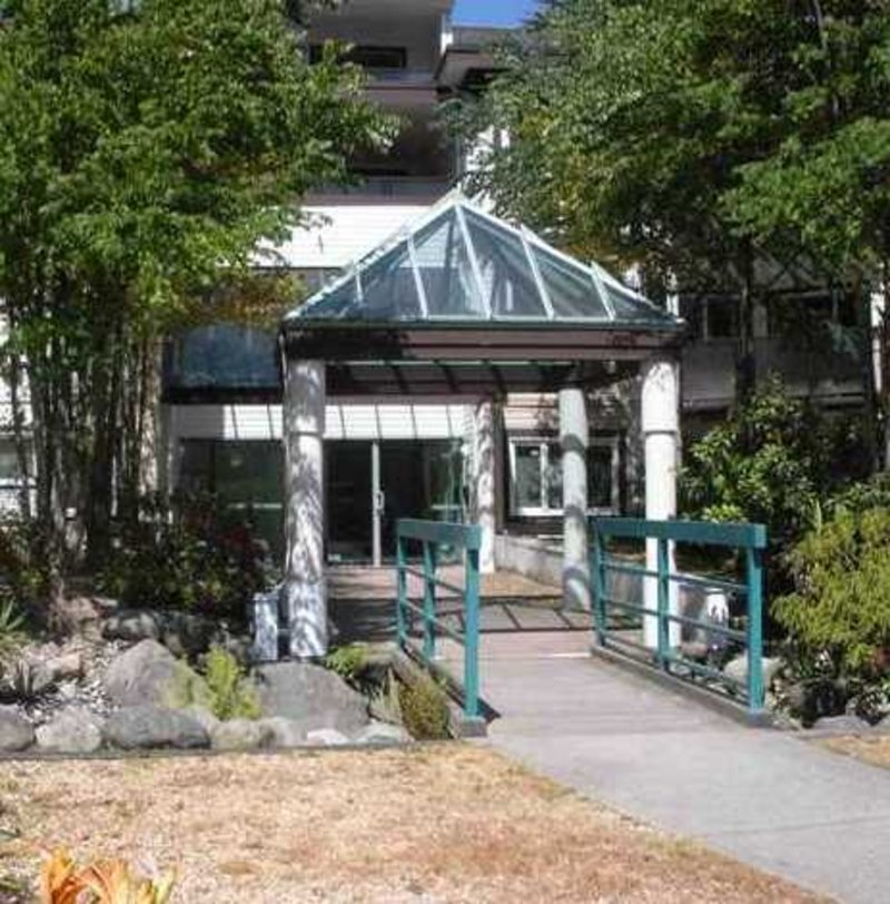 Crystal Gate - 7139 18th Ave